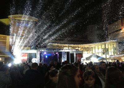 Falling Snow9